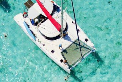 le catamaran Bahia 46 pour votre charter aux Grenadines