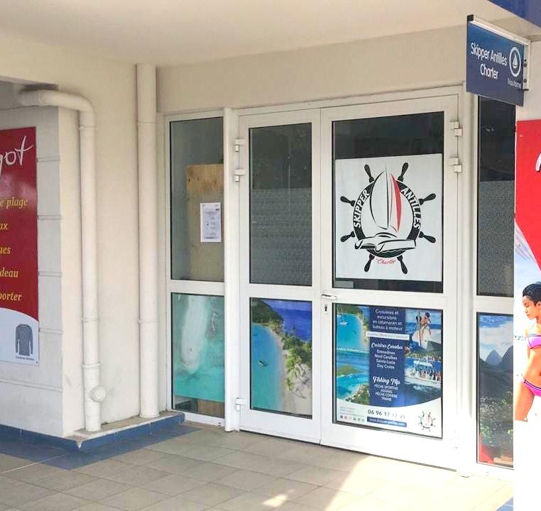 Skipper-Antilles-Charter-bureau